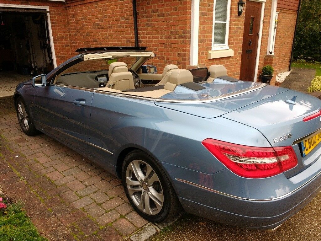 Mercedes Benz E Class Cabriolet E220CDI Blue Efficiency SE - 2010 Low Mileage and VGC