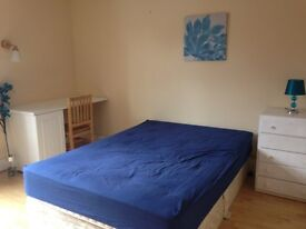Double room available in North Watford /Leavesden Road