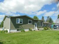 Plein pied+appart/Bungalow+apart.near/près de Hawkesbury ON