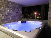 SKI IN MORZINE (FRANCE) Luxurious modern chalet with spa and sauna. 14 people.6 bedrooms ensuite.