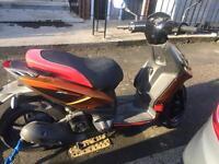 Aprilia sr motard 125cc