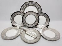 8PC CAKE SERVING PLATE SET