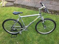 DiamondBack retro alloy mountain bike.