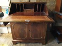 TRADITIONAL MAHOGANY WRITING BUREAU