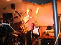 Guitarist available for Mobile Guitar, Saxophone, Ukulele and Bass Guitar Lessons