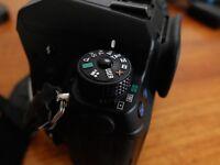 Pentax K5 DSLR BODY (no lens), orig. box, black, weather resistant, compact, excellent condition