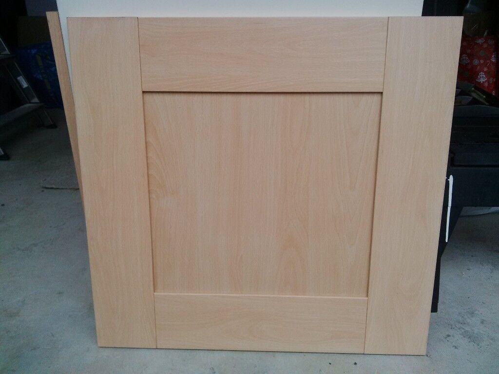 For 700 Beech Shaker Kitchen Doors 5 Piece Design In New Condition