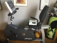 Life Fitness Recumbent Exercise Bike gym quality