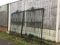 Well built 10ft Wide 7ft Tall Driveway Gates / security gates £185 can deliver