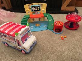 Moshi monsters toy bundle