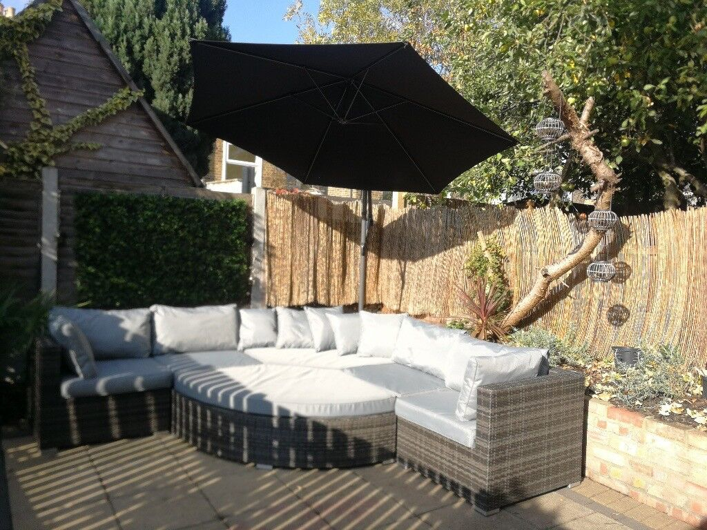 2017 Rattan Sectional Sofa/Daybed with Cantilever Parasol & Covers | in  Leytonstone, London | Gumtree