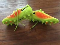 Football Nike MAGISTA SIZE 1 AS NEW