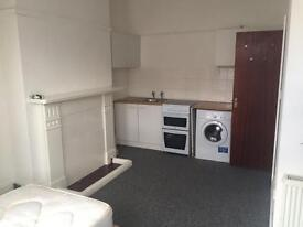 EMPRESS PROPERTY, PLEASED TO OFFER THIS STUDIO TO RENT IN ILFORD £850 PCM ALL BILLS INCLUDED !!