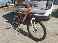 Norco fluid medium (18 inch) mountain bike