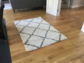 Geometric Ivory and Grey area rug