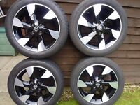 """Genuine NISSAN 16"""" ALLOY wheels with tyres. Full set. Nissan Note-Juke-Micra"""