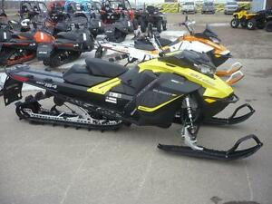 "2017 Ski-Doo Summit SP 154 850 E-Tec E-Start 2.5"" Track"