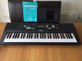 Yamaha EZ220 full size keyboard
