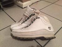 Timberlands hiker boots white size 8.5