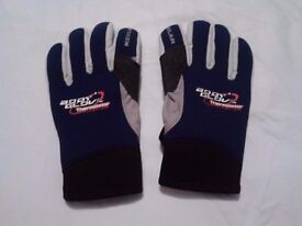 Bodyglove surfing gloves