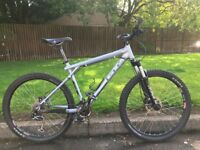 """GT Avalanche MTB, 16"""" frame, 1 x 9 gearing, great condition, light, 26"""" wheels"""