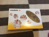 Manual breast pump + feeding set, Medela Harmony