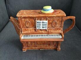 Vintage 1970's Piano Teapot