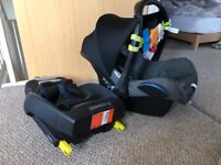Maxi Cosi pebble sparkling grey newborn car seat 0- 13kg and Isofix cabriofix base