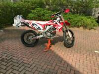 Honda CRF 250 buildbase edition motocross bike Talon wheels, Akrapovic pipe