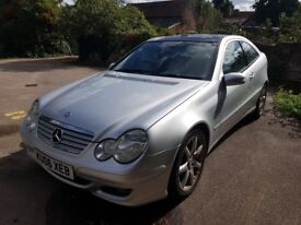 Mercedes-Benz C Class 2.1 C220 CDI Sports Coupe Auto-drive sunroof - 10 months MOT recently serviced