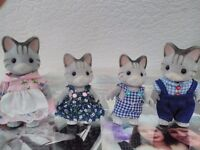 Sylvanian family figuers