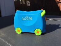 TRUNKI Blue, ride along kids suitcase