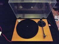 TURNTABLE MAKE UNKNOWN. MISSION ARM. GOLDRING CARTRIDGE.