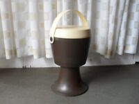 VINTAGE RETRO PLASTIC SEWING SEAT SEWING STORAGE STOOL MADE IN HOLLAND