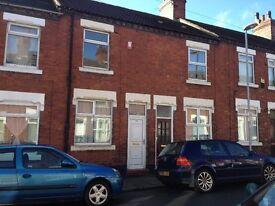 10 Smithchild Street, Tunstall - 2 bed - £400pcm