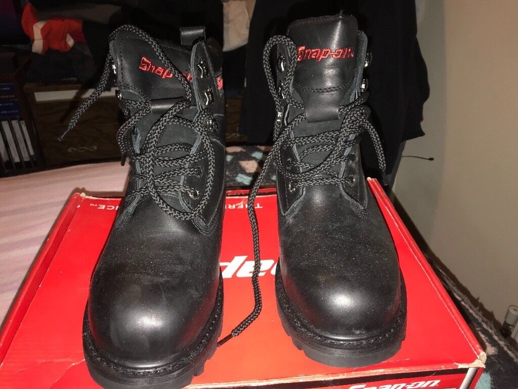 168c707bb29 Snap on steel toed size 8 work boots | in Plymouth, Devon | Gumtree