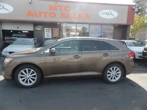 2009 Toyota Venza LEATHER, SUNROOF, AWD