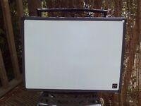 Dry wipe whiteboard - 60 x 45 cms