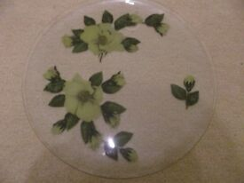 GLASS ORNATE SERVING PLATE
