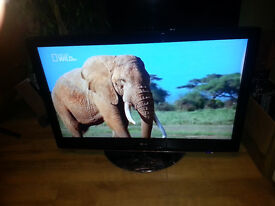 """42"""" PHILIPS FLAT SCREEN TV IN V.GOOD CONDITION 42PFl5522/D,freeview,hdmi,warranty"""