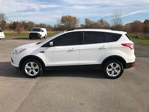 2014 Ford Escape SE 4X4 Only 65850 KM