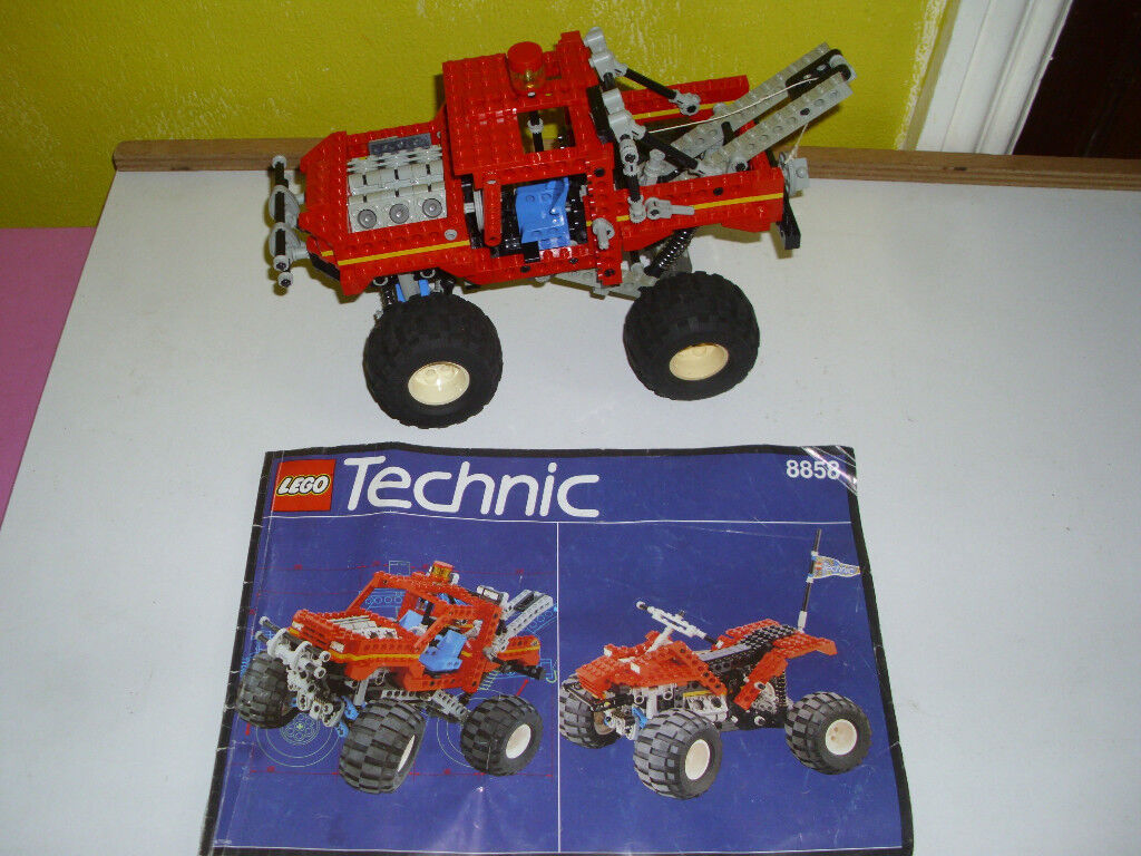 LEGO TECHNIC LARGE REBEL WRECKER LORRY WITH INSTRUCTIONS 8858