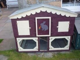 rabbit/guinea pig hutch deluxe