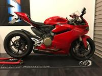February 2017 Ducati 1299 Panigale - Only 268 miles - Akrapovic Exhausts