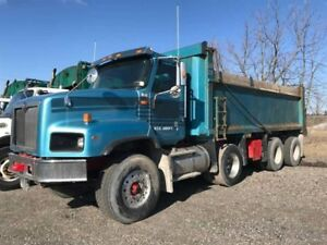 2009 International 5600i Paystar Automatic Tri Axle Dump truck