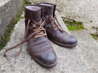 Clarks Mens Winter Boots - Size 8