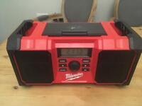 Milwaukee DAB Radio