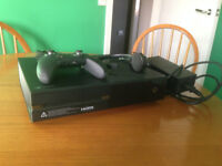 XBOX1 ELITE £200. As new with £100 Controller