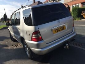 MERCEDES ML 270 CDI AUTO Estate ( REDUCED -7 Seater with Build in PlayStation)