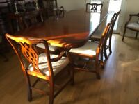 Dining table & chairs (Wade)